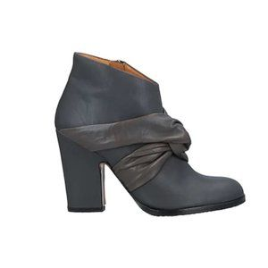 NIB Audley gray leather ankle boots 7.5-8